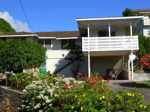 Oahu Home Sales Up in August