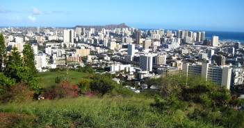 Hawaii is worst state to make a living in.