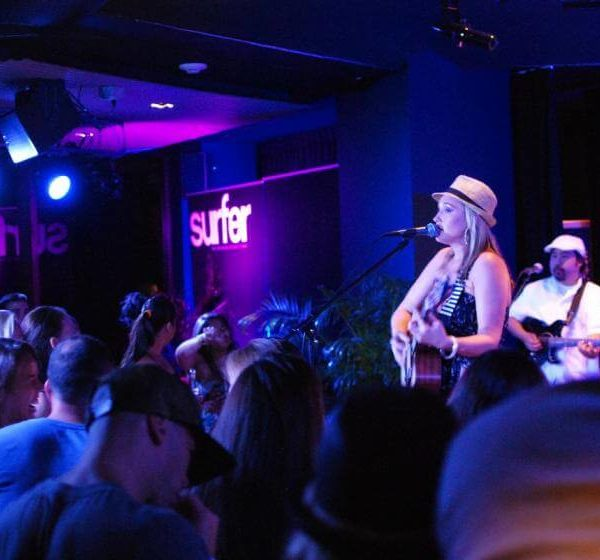 The Best Live Music Venues on Oahu