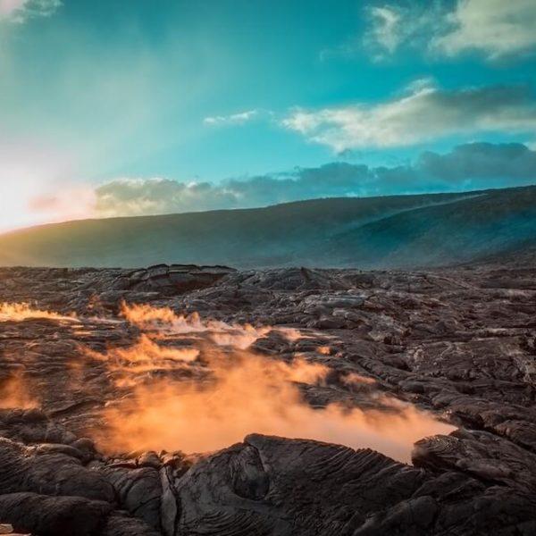 Extraordinary Volcanic Trails in Hawaii