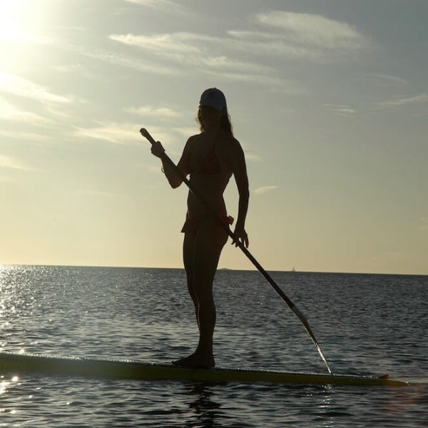 Best Places to Paddle Board Around Hawaii