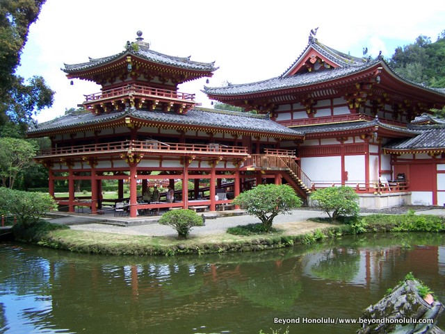 Byodo-In Temple In Valley of the Temples