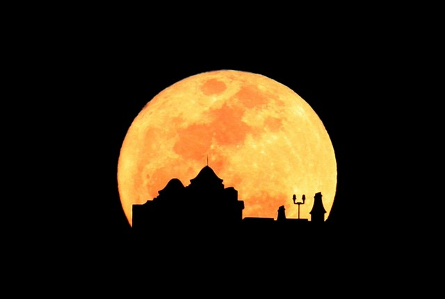 Supermoon Pictures From Around the World
